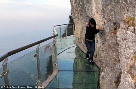 glass walkway. . J: --Elanor: Full: Press Eisner: -It Hedi. Nope. glass walkway J: --Elanor: Full: Press Eisner: -It Hedi Nope