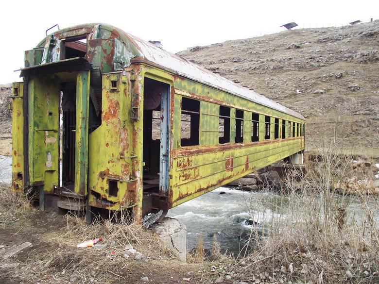 Old Traincar Bridge. . I In torch?.. nnnnnnnnnice phanact