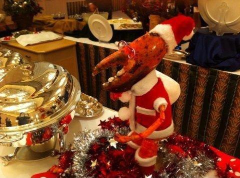 santa claws. so puny. santa claws so puny