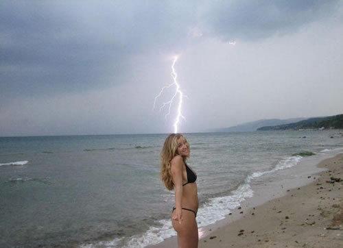 sexy lightning strike. .. lightning strike? sexy lightning strike strike?