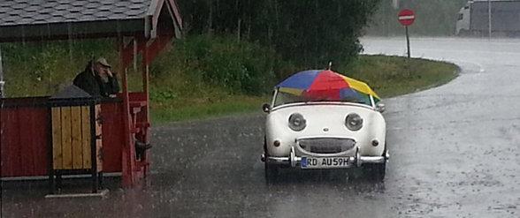 So happy!. No description needed.. Cars happy cabriolet european weather