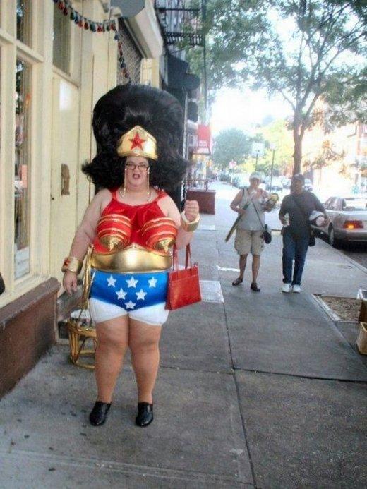 Wonder woman xxl. .. not bad Wonder woman xxl not bad